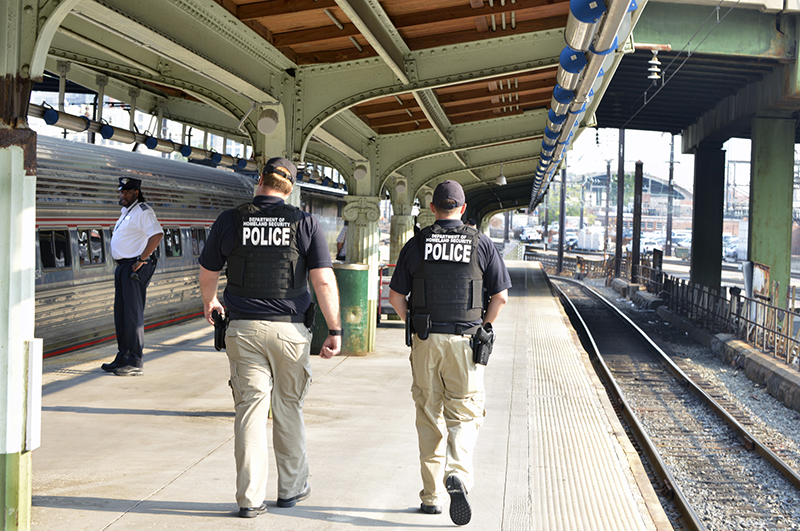A TSA VIPR team inspects a train platform at Union Station