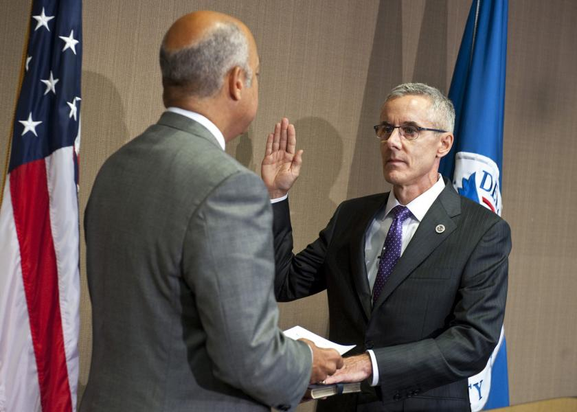 Department of Homeland Security Secretary Jeh Johnson swears in Administrator Peter Neffenger, July 13, 2015.