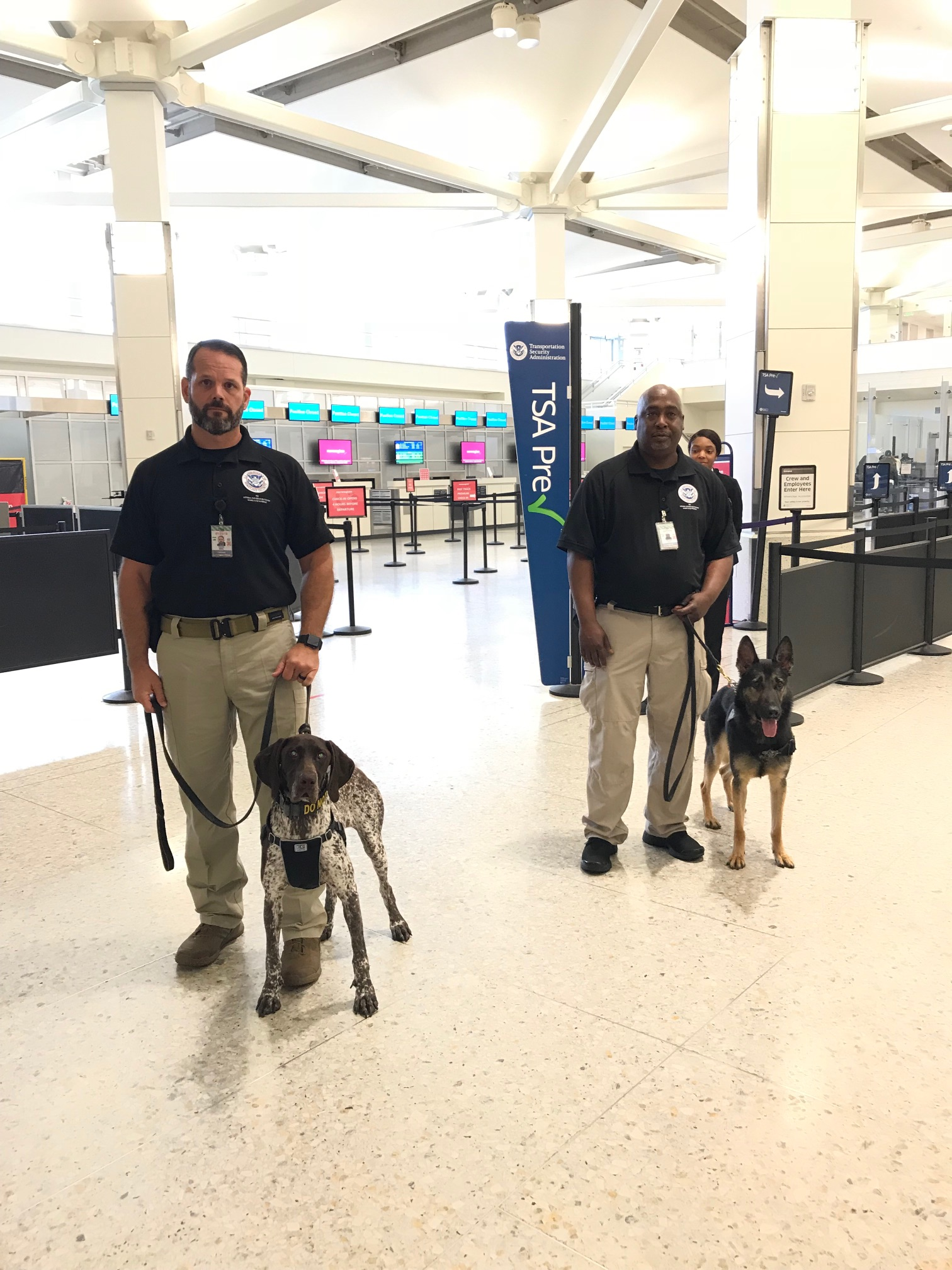 Passenger Screening Canines at Oakland International Airport