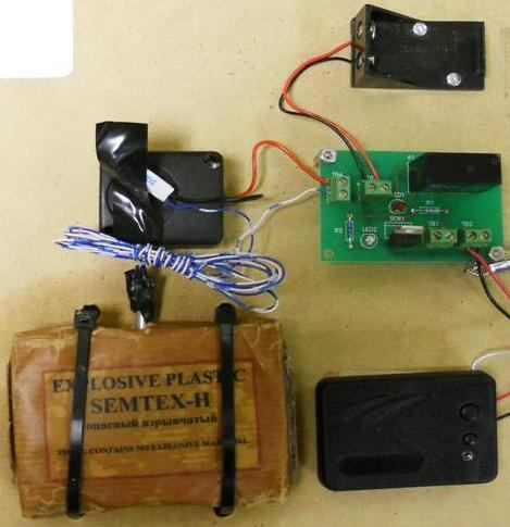 An inert IED with a block of simulated SEMTEX-H, and a simulated blasting cap were discovered in checked baggage at Columbus (CSG).