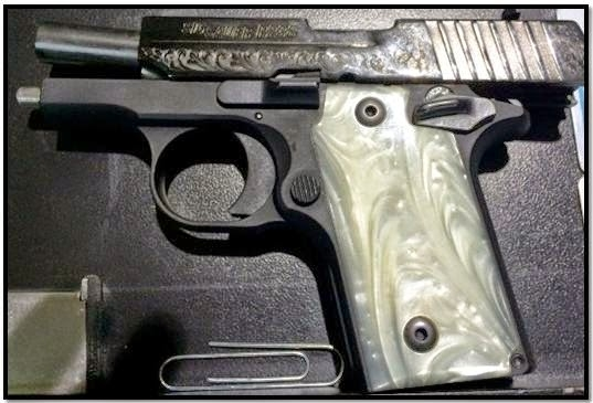 Loaded firearm discovered in a carry-on bag at AUS.