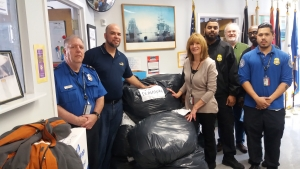TSA officials from LaGuardia Airport delivered more than 400 articles of clothing to the Brooklyn Vet Center in support of the Clothe a Homeless Hero Act. The clothing had been left at TSA checkpoints.